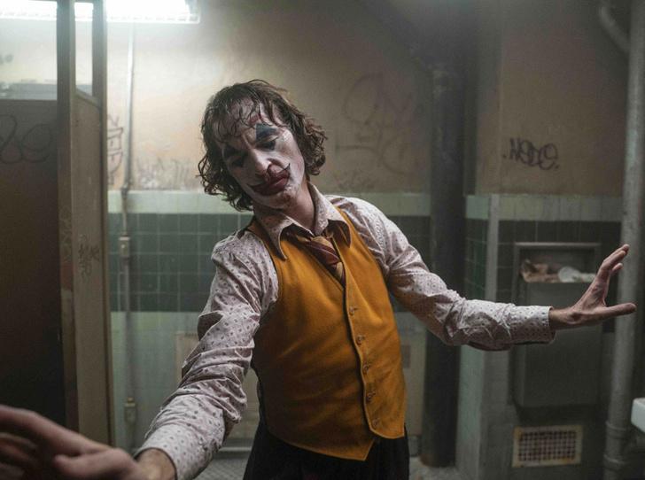 Фото №9 - Лучший Джокер Голливуда: трагедии и победы Хоакина Феникса