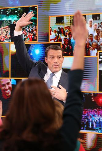 Фото №11 - Тони Роббинс: человек, который разбудит в вас исполина и заработает на этом миллионы
