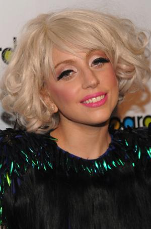 Фото №12 - Как хорошела Леди Гага: все о громких бьюти-экспериментах звезды