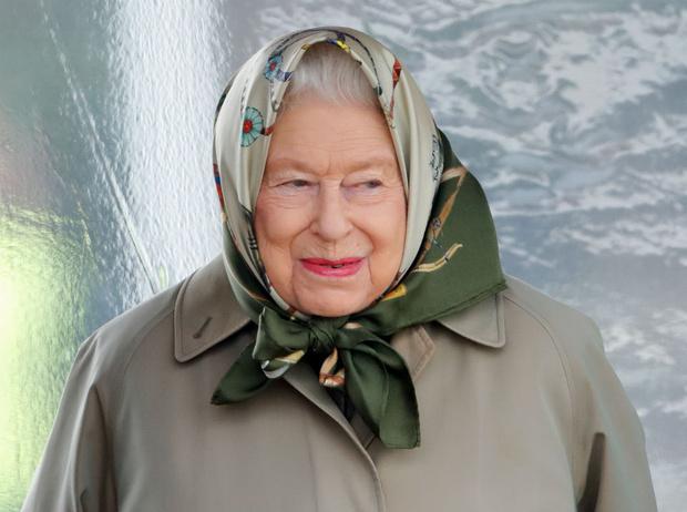 Фото №1 - Черный список: кого Королева не пригласила на каникулы в Балморал (и почему)