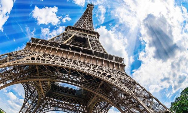Фото №1 - 19 монументальных фактов об Эйфелевой башне