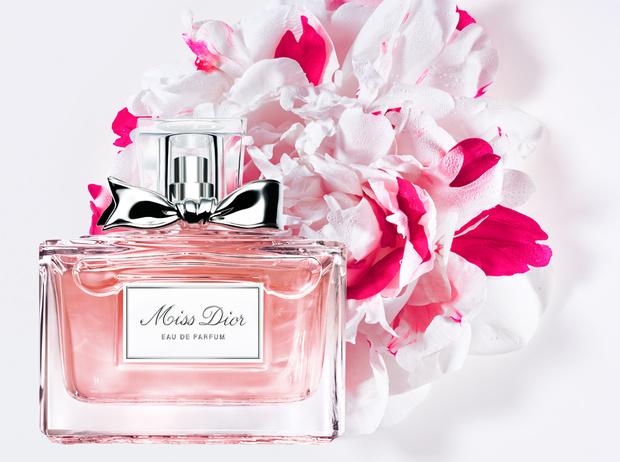Фото №1 - Декларация любви: новый аромат Miss Dior Eau de Parfum