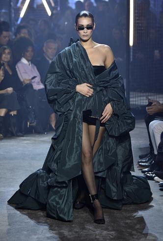 Фото №4 - Тема раскрыта: Alexandre Vauthier Haute Couture SS18