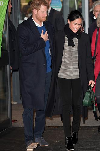 Фото №10 - Почему Меган Маркл не принимает британский стиль в одежде