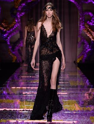 Фото №37 - Неделя Высокой Моды в Париже: Atelier Versace FW2015/16