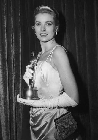 Фото №8 - Легенды «Оскара»: самые известные платья в истории премии