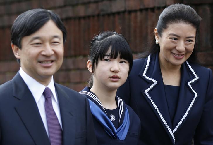 Фото №6 - Неврозы, анорексия, нелюбовь: как живет принцесса Айко, японская «царевна Несмеяна»