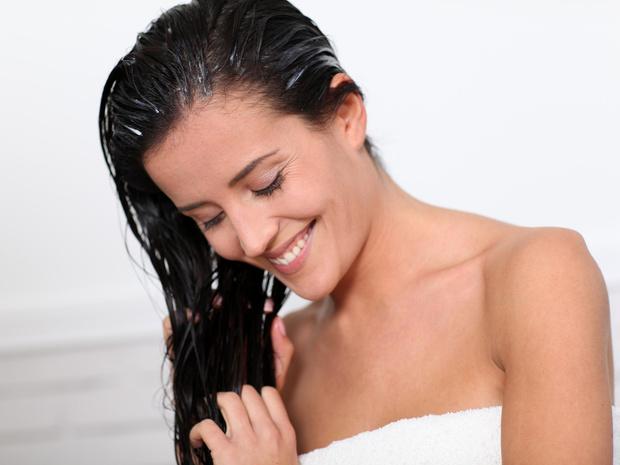 Фото №1 - До или после мытья: как правильно пользоваться кондиционером для волос