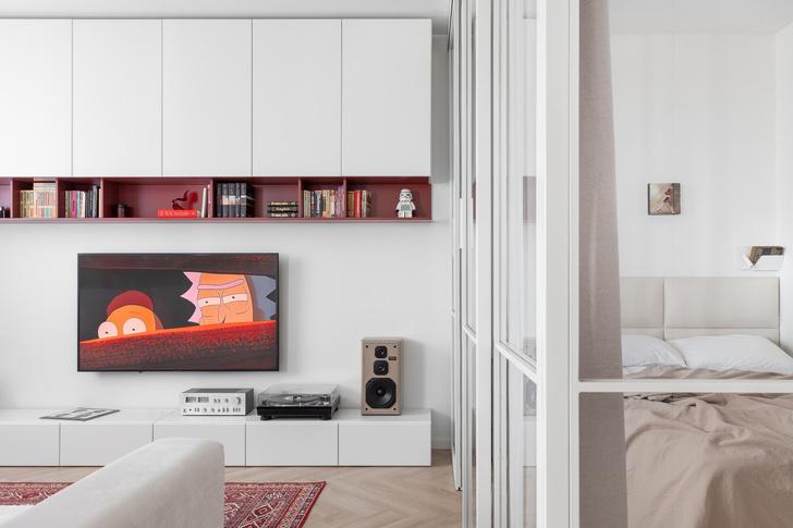 Фото №9 - Простота и функциональность: белая квартира 45 м²