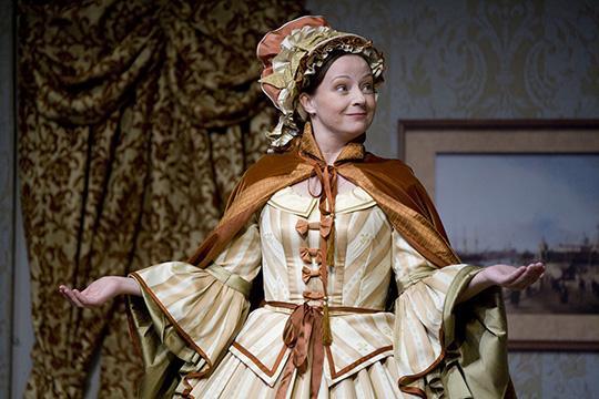 Фото №3 - «Королеве Марго»— 25: история костюмов, громкие скандалы и другие факты о сериале