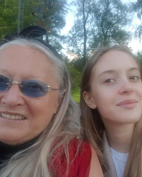 Фото №1 - Татьяна Михалкова поздравила любимую внучку с поступлением в МГУ