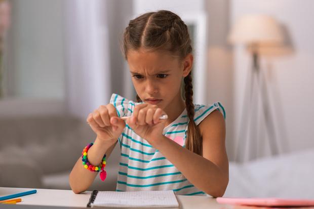 Ребенок бросает дело если не получается, ребенок боится трудностей что делать
