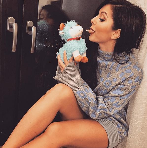 Фото №18 - Звездный Instagram: Игрушки знаменитостей
