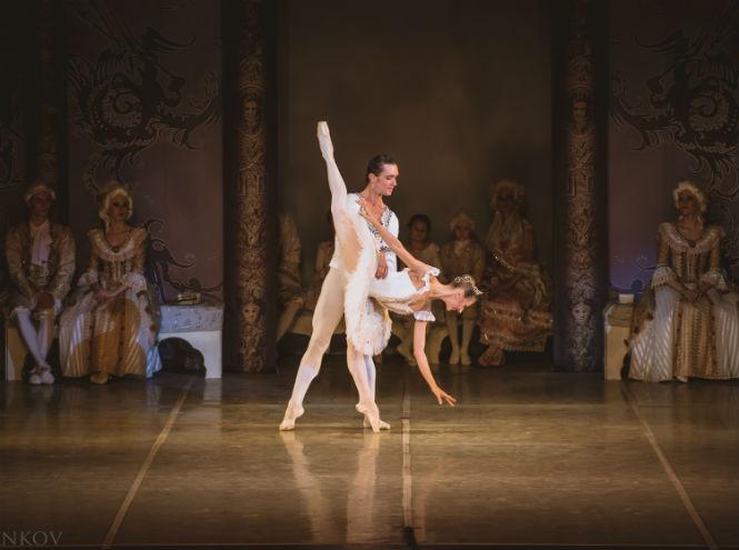 Фото №4 - Театр «Новой оперы» представляет балет «Коппелия»