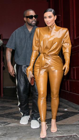 Фото №5 - Первая леди Уэст: как Ким Кардашьян могла бы одеться на инаугурацию Канье