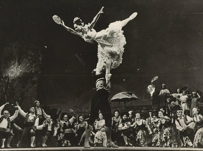 Фото №4 - «В её танце отразилась эпоха»: выставка к 100-летию со дня рождения Ольги Лепешинской