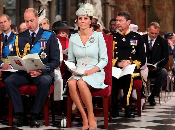 Фото №4 - Герцоги Кембриджские и Сассекские вместе вышли на работу