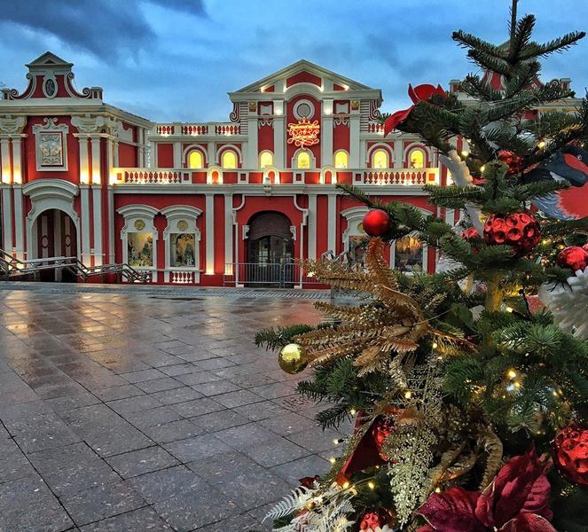 Фото №2 - Где в Москве сделать лучшее новогоднее селфи