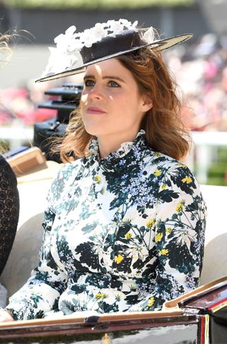 Фото №9 - 3 в 1: как британские модницы носят похожие платья Erdem
