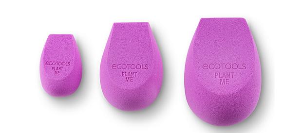 Фото №1 - Eco-ELLE: EcoTools выпустили коллекцию биоразлагаемых спонжей для лица