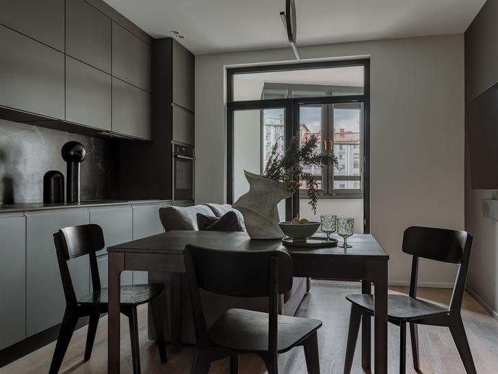 Фото №1 - Квартира 55 м² в темных тонах для молодой семьи в Подмосковье