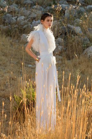 Фото №1 - Полсотни самых красивых платьев будущей весны в коллекции Elie Saab SS21