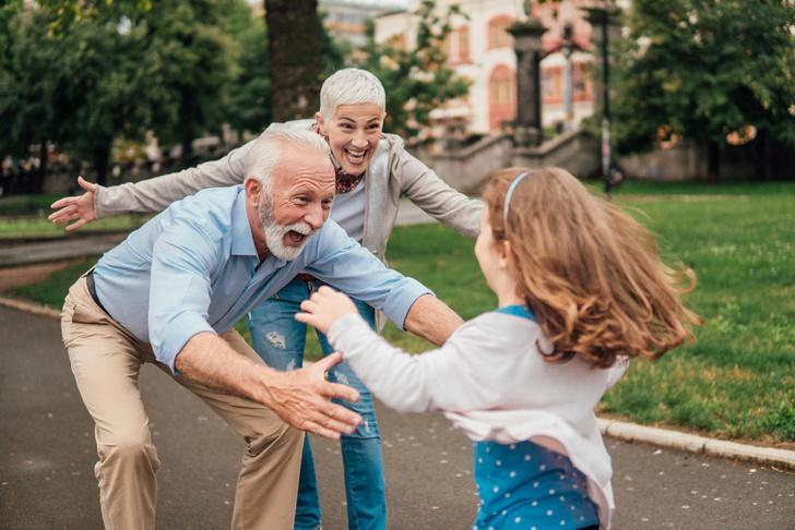 Фото №1 - Искусство жить долго и счастливо: 7 несложных правил долголетия