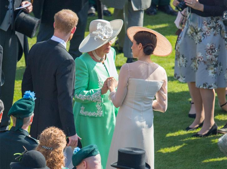 Фото №10 - Насколько герцогиня Меган уже сблизилась с королевской семьей