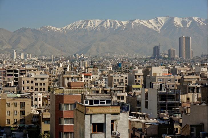 Фото №1 - Иран: мини-гид в 12 открытках