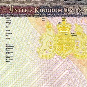Фото №1 - Выдачу британских виз прекратили