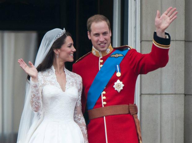 Фото №4 - Кровная обида: чем герцогиня Кейт и принц Уильям оскорбили Сару Фергюсон