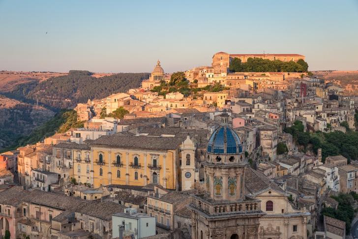 Фото №1 - Шкатулка с сокровищами: Сицилия в 10 фактах и фотооткрытках