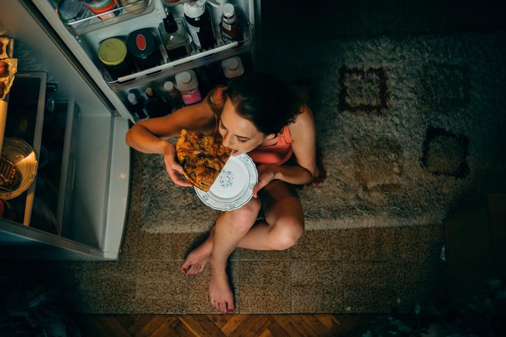 Фото №1 - Чем опасен поздний ужин