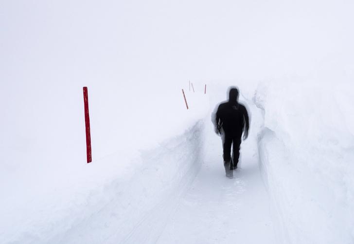 Фото №1 - Ученые рассказали, когда человек чувствует себя наиболее одиноким
