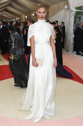 Фото №21 - История Met Gala: самые знаменитые наряды бала Института костюма