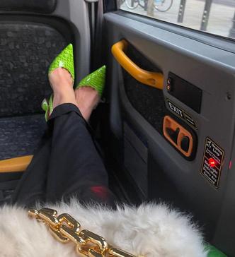 Фото №3 - Кожаный зеленый тренч как у Дуа Липы— самая модная вещь осени 2021