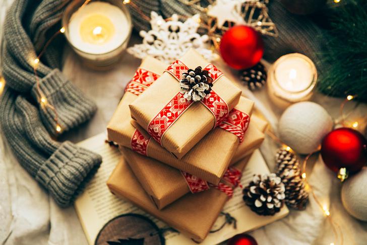 Фото №1 - Дизайнер назвала 10 вещей, которые нельзя дарить на Новый год