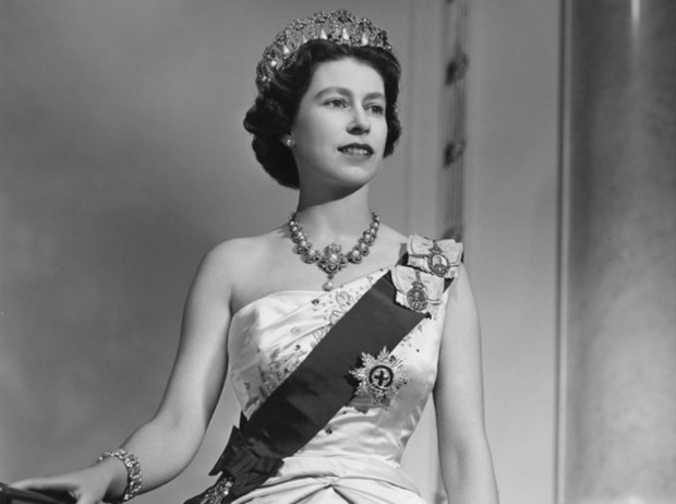 Фото №4 - 94-летняя Королева Елизавета II и ее рекорды