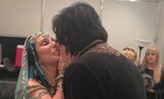 Филипп Киркоров страстно поцеловался с Шер