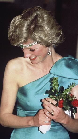 Фото №4 - Модный скандал: культовый образ Дианы, который вызвал негодование у Королевы