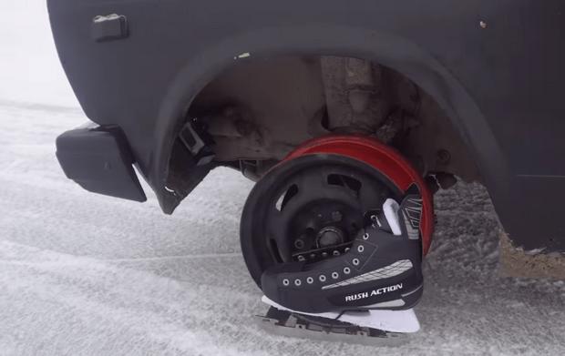 Фото №1 - Новый эксперимент от русских мужиков: коньки вместо колес (видео)