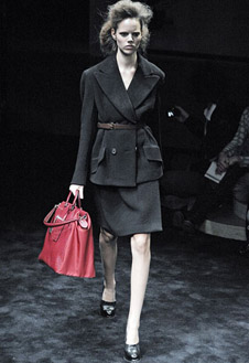 Фото №15 - Versace, Prada и Cavalli в Милане