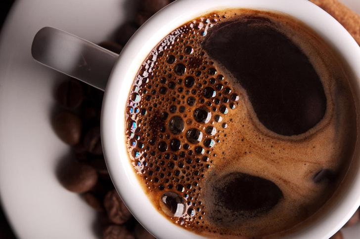 Фото №1 - Регулярное употребление кофе защищает зрение