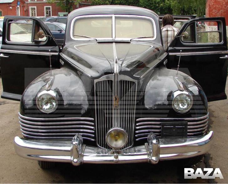 Фото №1 - BAZA: В Москве из гаража украли лимузин Сталина (фото)