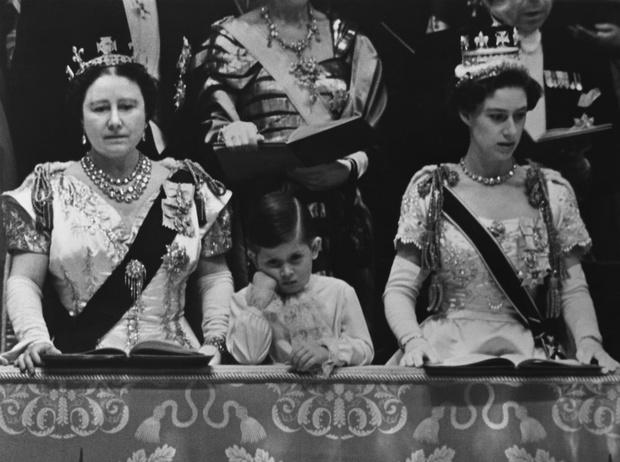 Фото №4 - Что общего у герцогини Камиллы и Уоллис Симпсон (и при чем здесь Королева-мать)