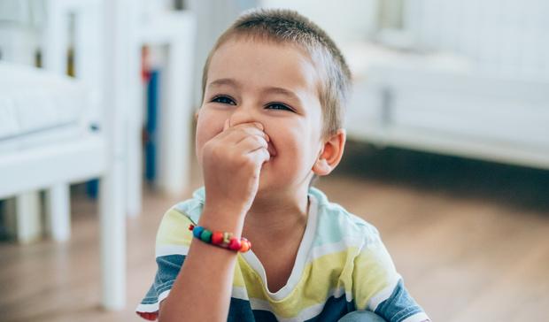 Фото №1 - Малыш часто икает: в чем причины и как ему помочь