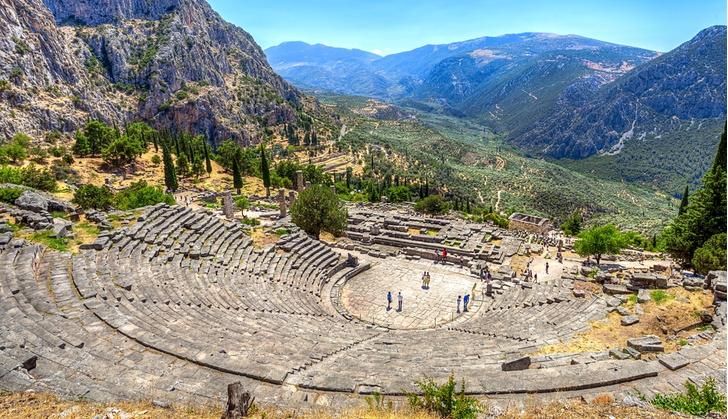 Фото №5 - 7 «мифических» мест в Греции, которые стоит увидеть своими глазами