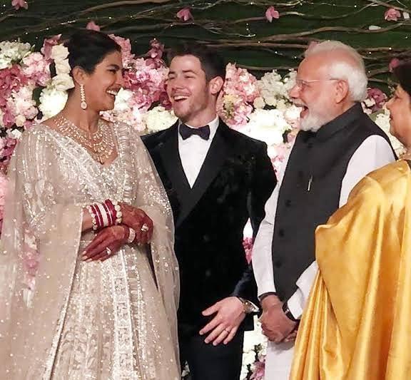 Фото №10 - 10 фактов о впечатляющей свадьбе Приянки Чопры и Ника Джонаса