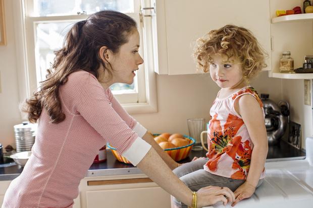 Ребенок не реагирует на просьбы, не слушается