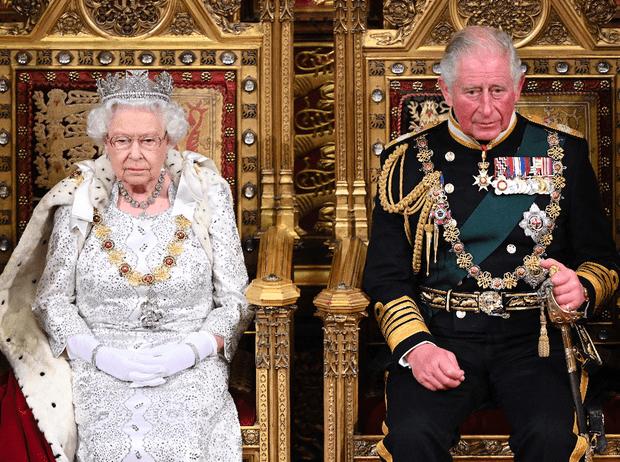 Фото №3 - «Плохой» Чарльз: как принц подвел Королеву, Корону и Британию